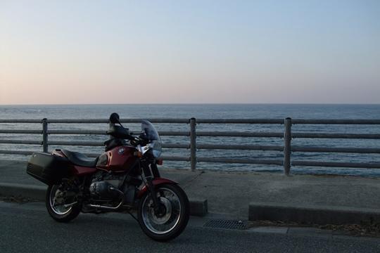1105海岸線を行く2。.JPG