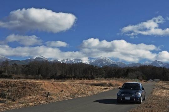 八ヶ岳とミニオ君。.JPG