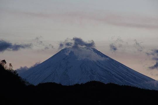 0102初狩からの富士。.JPG